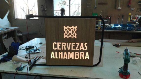 vinilica banderola alhambra