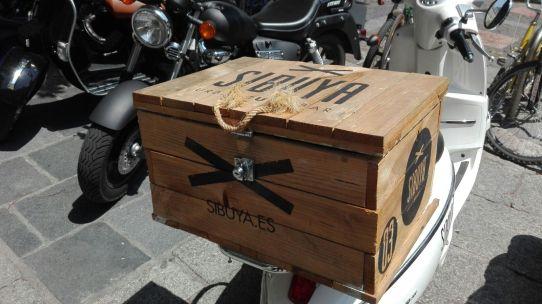 vinilica caja moto
